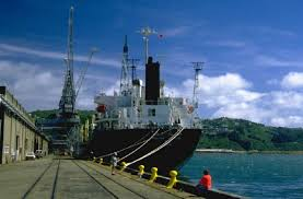 barco-puerto
